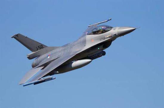 资料图:荷兰F-16战机。