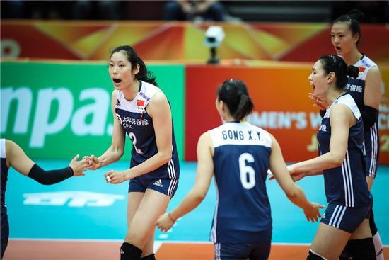 上签!中国女排六强赛将战美国荷兰 日本PK意塞