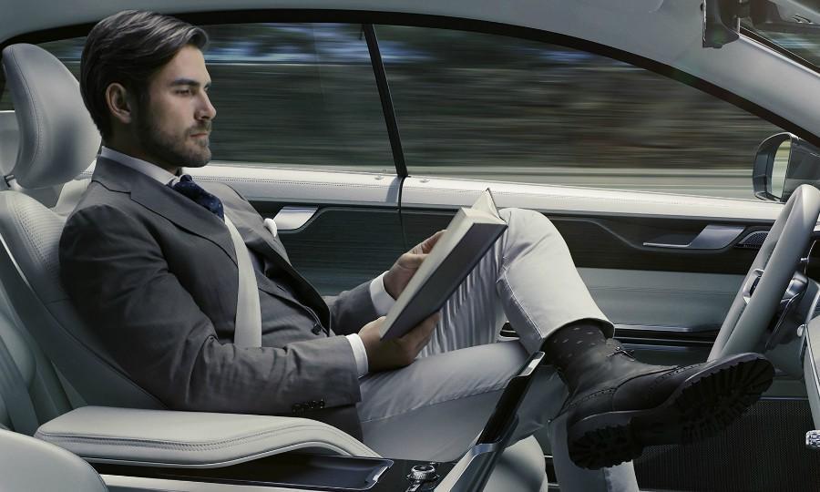 欧盟新规:车企将拥有自动驾驶车遥测数据版权
