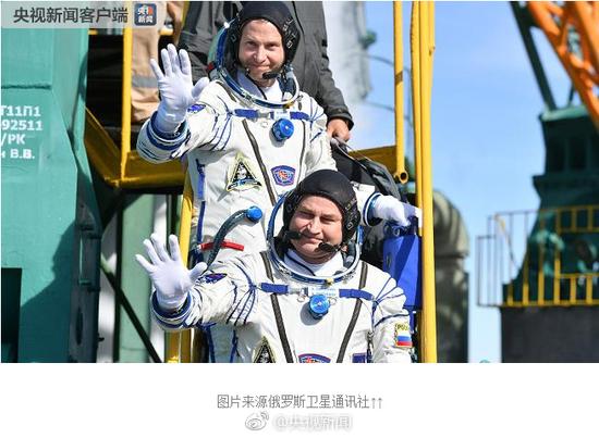 俄载人飞船发射后出故障紧急降落 两名宇航员逃生