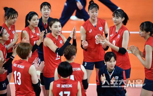 韩国女排男助教性侵女体能师 曾有队员被要求陪睡