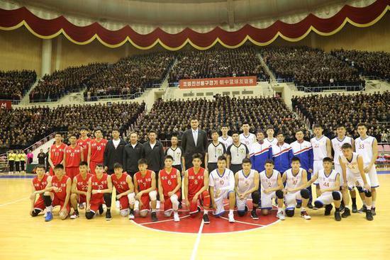 中朝男篮混编友谊赛在平壤举行 双方130-130战平