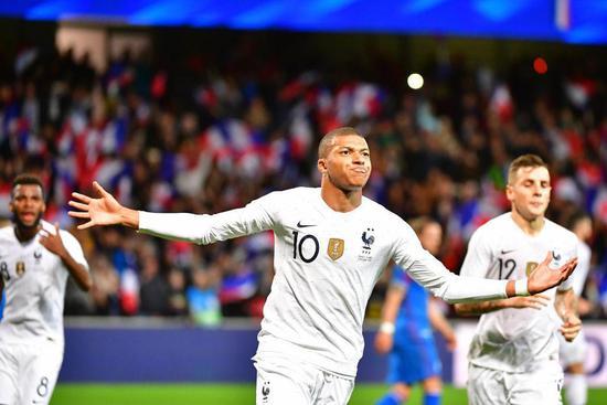 热身赛-姆巴佩替补造2球 法国连扳两球2-2冰岛