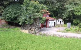 韶关庙宇文化|双龙戏珠于古庙屋脊