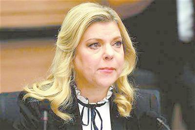 以总理牵涉多起腐败案 夫人也因公款叫外卖受审