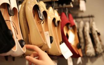 福州法院宣告苏菲尔女鞋破产 负债上亿只8万存款