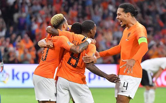 """橙衣""""红军""""合造最大胜利 荷兰16年尴尬一朝打破"""