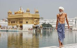 印度黄金庙 信徒和背包客的乌托邦!
