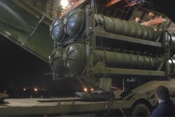 俄官员:未来会有S700防空导弹系统 能关闭整个星球