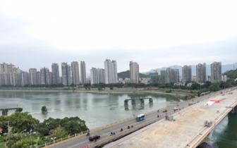 洪山桥右幅新桥贯通 预计11月底新老桥实现交通转换