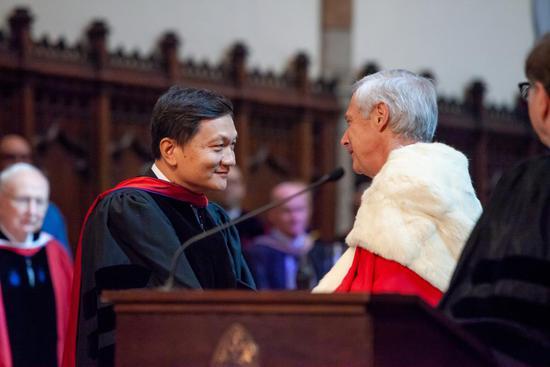 """唐宁在南方大学荣誉博士学位授予仪式上的英文演讲:""""国际化的人文教育给我人生以支点"""""""