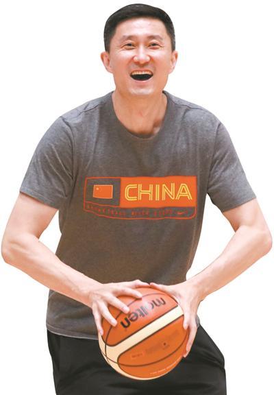 杜锋:蓝队主帅生涯收获颇丰 痛并享受教练这一职业