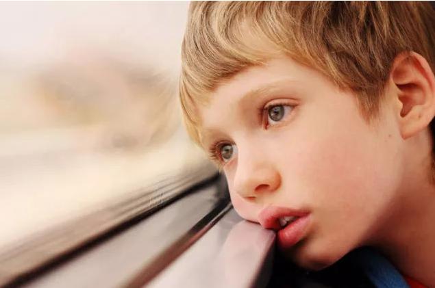 为何孩子会患自闭症?也许基因能给你答案
