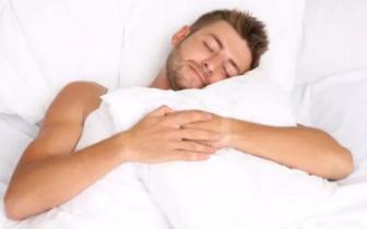 仰睡竟让人变丑?