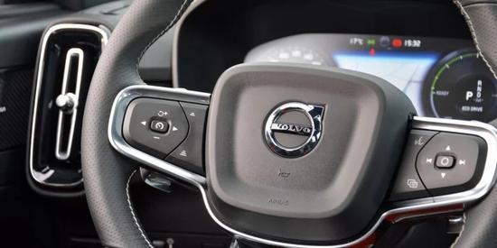 """依靠自动驾驶技术 沃尔沃安全策略转向""""避免事故"""""""