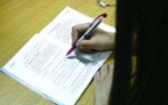 家长是否有责任给孩子批改作业引热议
