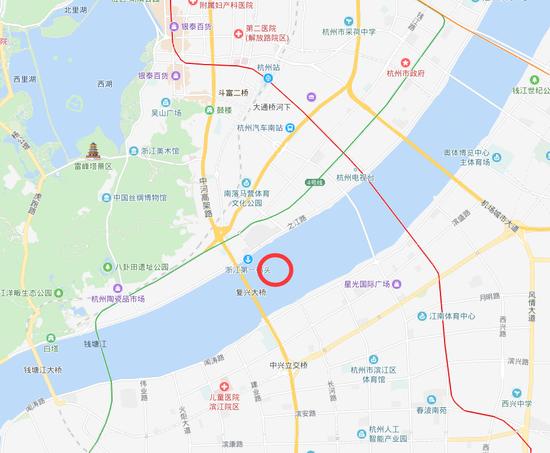 钱塘江面出现巨大漩涡 地铁部门称与在建线路无关
