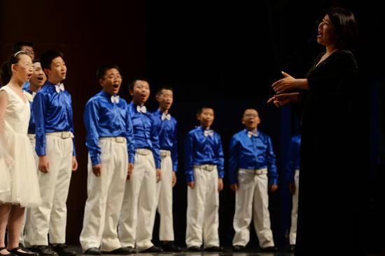 第五届北京国际青少年艺术周 八一中学金帆合唱团变声男童带来高水平视听盛宴