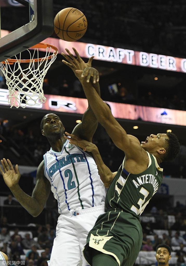 公鹿險勝黃蜂拿下首勝 Walker空砍41分,字母哥25+18+8(影)-Haters-黑特籃球NBA新聞影音圖片分享社區