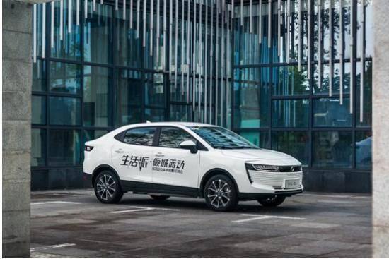 """""""SUV+皮卡""""组成地表最强战队助力长城汽车大涨35%"""