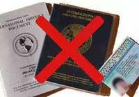 海外学子在国外开车上路 先看看自己的驾照