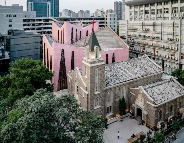 福州老城区的新教堂 用粉色表达一种现代风格