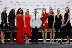 WTA总决赛众星礼服亮相 个个似超模