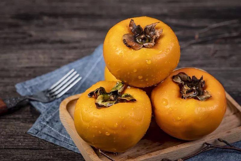 柿子吃对一身都是宝 吃错要出事!