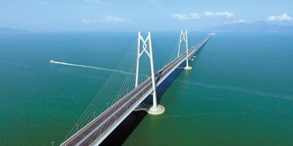 港珠澳大桥24日正式通车