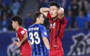 中超-上港客场0-0苏宁仅2分领跑