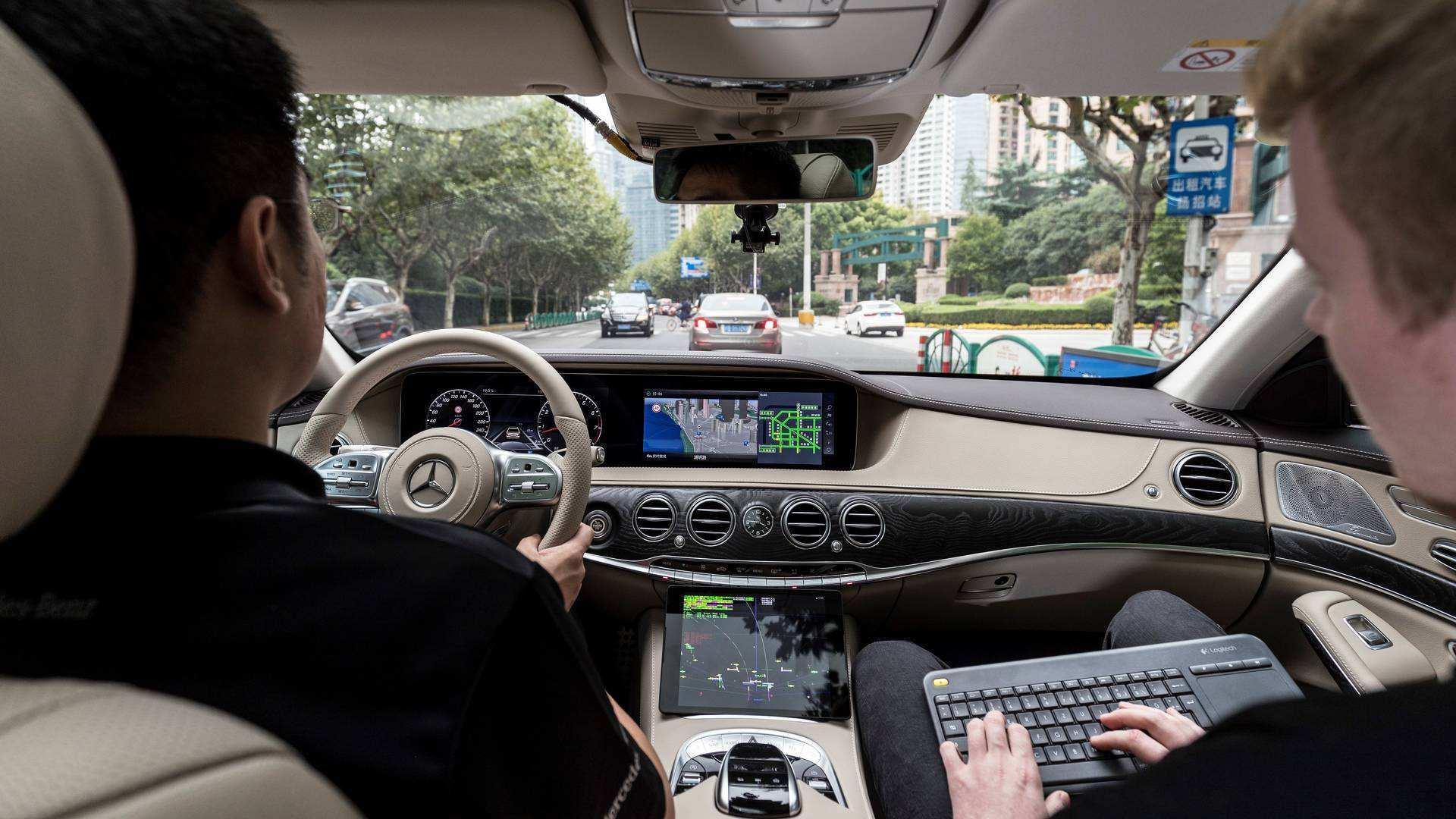 与Uber竞争 戴姆勒与英伟达明年启动出行服务测试