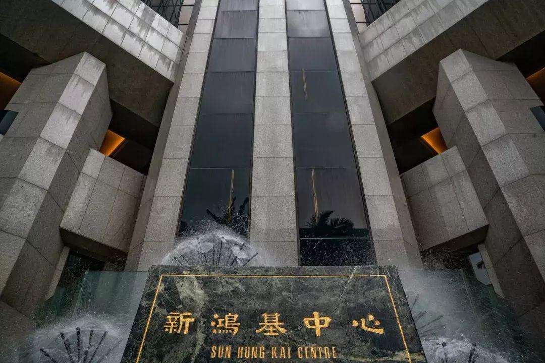 香港第10大富豪病逝:曾遭绑架 为夺权将弟送进监狱