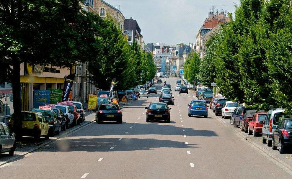 为解决拥堵与污染 法国拟执行交通拥堵定价机制