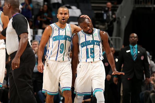 史上最被看扁的队史第一人,拿低薪被乔丹甩卖,如今场均35分飙6记三分震惊NBA
