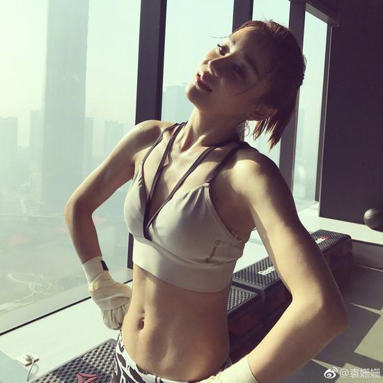 关晓彤公开减肥食谱,她们为了美什么都做得出来!