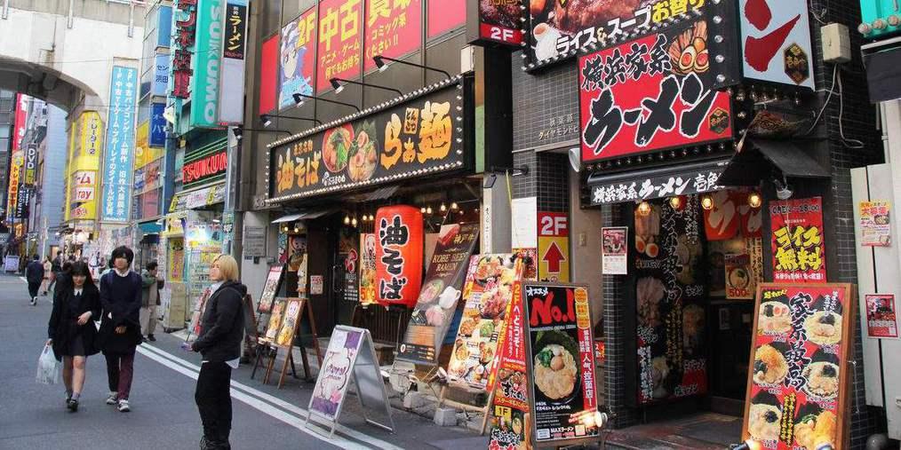 日本東京银座:街头采访中国游客!