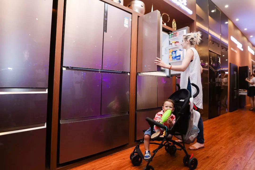 """卡萨帝冰箱7组慢镜头还原肉片变""""纸片""""保鲜真相"""