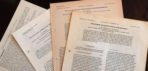 22件霍金遗物即将拍卖 包括其论文