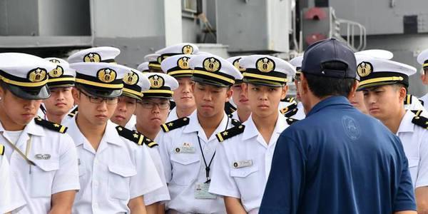 日本海上自衛隊訪問珍珠港