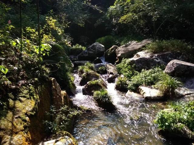"""走进韶关这个景区,体验大山深处的 """"山水童话""""!"""