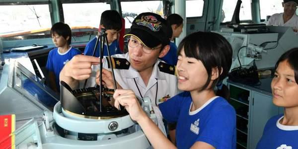 日本準航母抵達新加坡