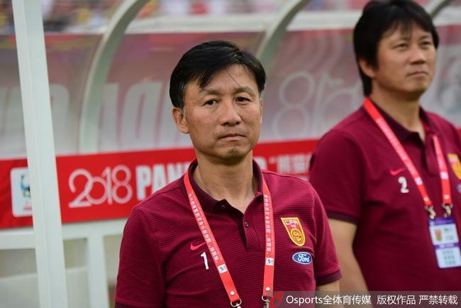 成耀东:中国特色足球道路未形成 教练换不换无所谓