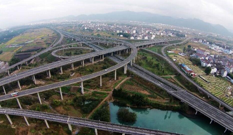 惠州构筑陆海空铁综合交通枢纽
