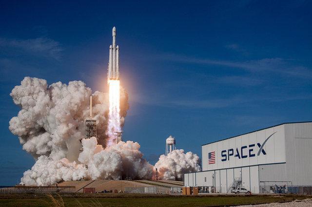做很多大事太需要钱,传SpaceX寻求5亿美元贷款