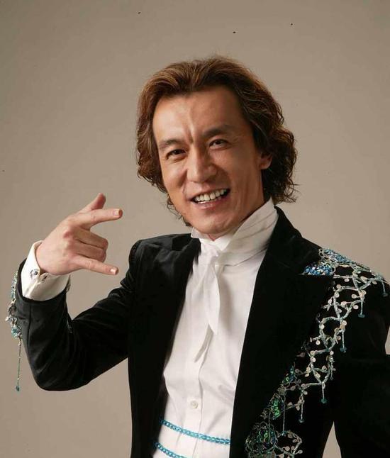 著名主持人李咏因癌症去世 李咏什么时候患癌李咏得了什么病
