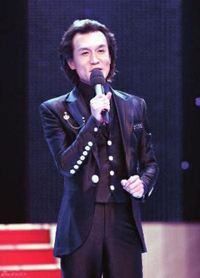 李咏老师辞世,原来哈文早已透露他曾被病魔折磨