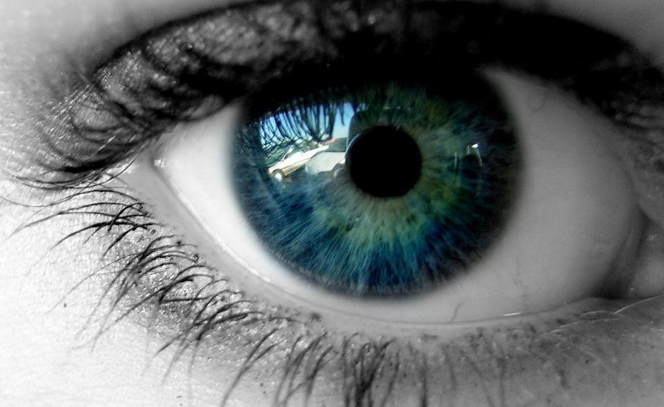 双语阅读:这8个日常习惯正在偷偷伤害你的眼睛