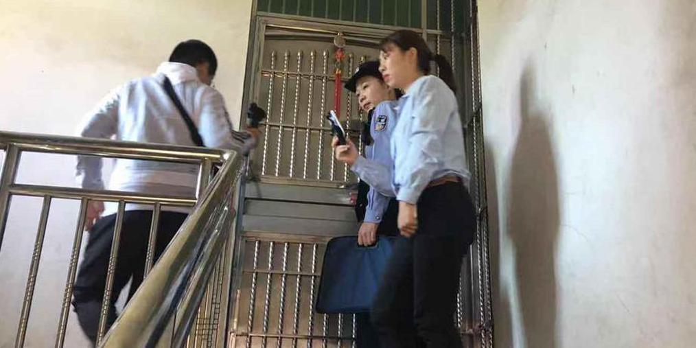 """拒付每月600元抚养费 法院突击家中拘""""老赖"""""""