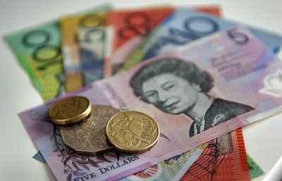 澳洲发布报告:背包客和留学生或被欠薪10亿澳元