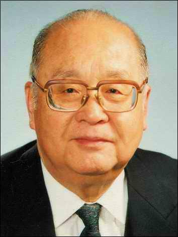 原中国光大总公司名誉董事长王光英逝世 享年100岁